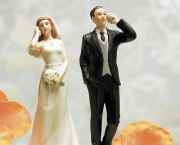 CellPhoneWeddingCakeToppers.jpg