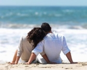 happy_couple_at_beach_.6vprlqthsvk88gkk0c84g04kk.6ylu316ao144c8c4woosog48w.th